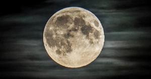 """في الذكرى 50 لرحلة """"أبولو 11"""" إلى القمر"""