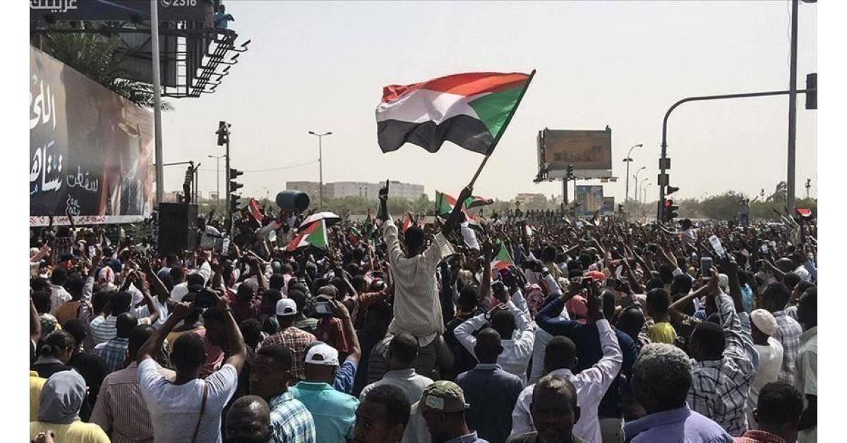 اتفاق سياسي في السودان لا يتضمن الإعلان الدستوري