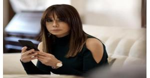 كاريس بشار تتعرض لسرقة حسابها!