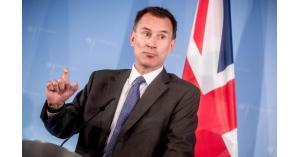 """بريطانيا: إيران اختارت """"طريقا خطيرا"""""""