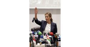عاملون في «بترا» يحمّلون غنيمات مسؤولية الأزمة