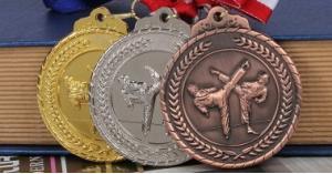 المنتخب الوطني للتايكواندو يحصد 10 ميداليات في بطولة الحسن الدولية