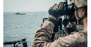 خيارات إيران للرد على الحشد العسكري بمضيق هرمز
