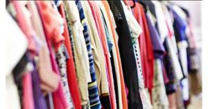 تجار الألبسة يعلقون آمالهم على عيد الأضحى