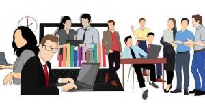مسؤولون يحيون الشباب في يومهم ويؤكدون أهمية تمكينهم عبر التعليم
