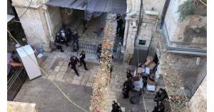 إصابة شرطي اسرائيلي بعملية طعن في القدس وإصابة منفذها