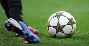 نادي عمان يواصل صدارته لدوري المحترفات لكرة القدم