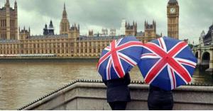 البريطانيون يؤيدون إجراء استفتاء على أي اتفاق للخروج من الاتحاد الأوروبي