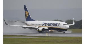 """اقلاع طيارات """"ريان أير"""" بالوقت المقرر رغم إضراب طياريها في بريطانيا"""
