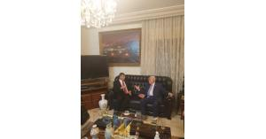 الرئيس الفلسطيني يطلع لجنة فلسطين على  آخر التطورات والمستجدات (صور)