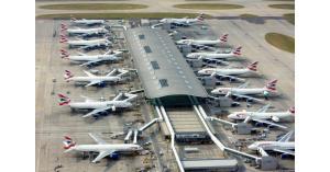 بريطانيا: نشطاء يستعدون لإطلاق طائرات مسيرة فوق مطار هيثرو للتحذير من تغير المناخ