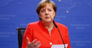 ميركل: لا طريق للسلام في الشرق الأوسط إلا عبر حل الدولتين