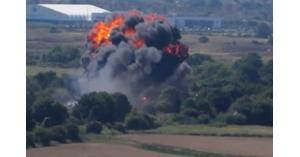تحطم طائرة عسكرية ومقتل قائدها أثناء عرض جوي في كندا