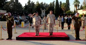 رئيس هيئة الأركان المشتركة يستقبل رئيس أركان القوات القطرية