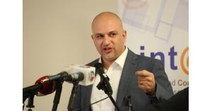 """الغرايبة: إخضاع إعلانات """"فيسبوك وجوجل"""" للضريبة حماية للشركات المحلية"""