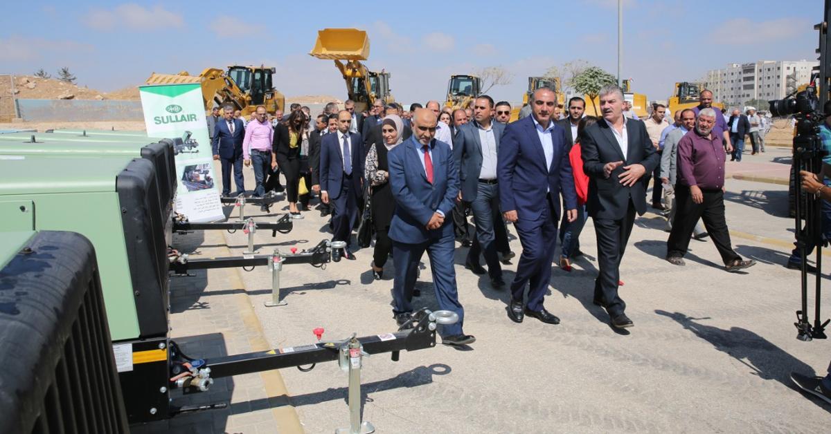أمانة عمان تدخل الى الخدمة 123 آلية لأعمال البيئة والبنية التحتية والزراعة