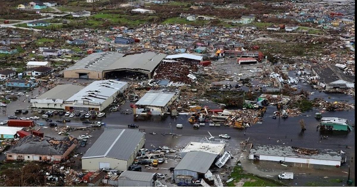إغلاق المدارس شرق كندا بسبب إعصار دوريان