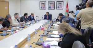 الخدمات النيابية تؤكد حرصها على تعزيز مبدأ التشاركية مع وزارة النقل