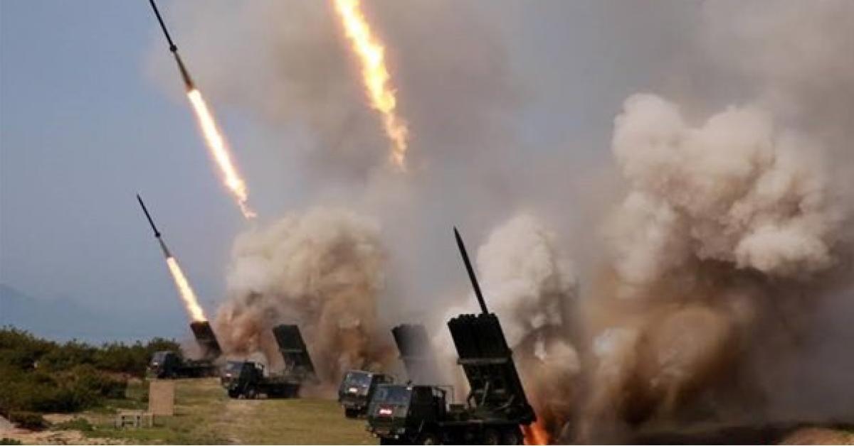 """كوريا الشمالية تختبر """"راجمة صواريخ فائقة الحجم"""""""