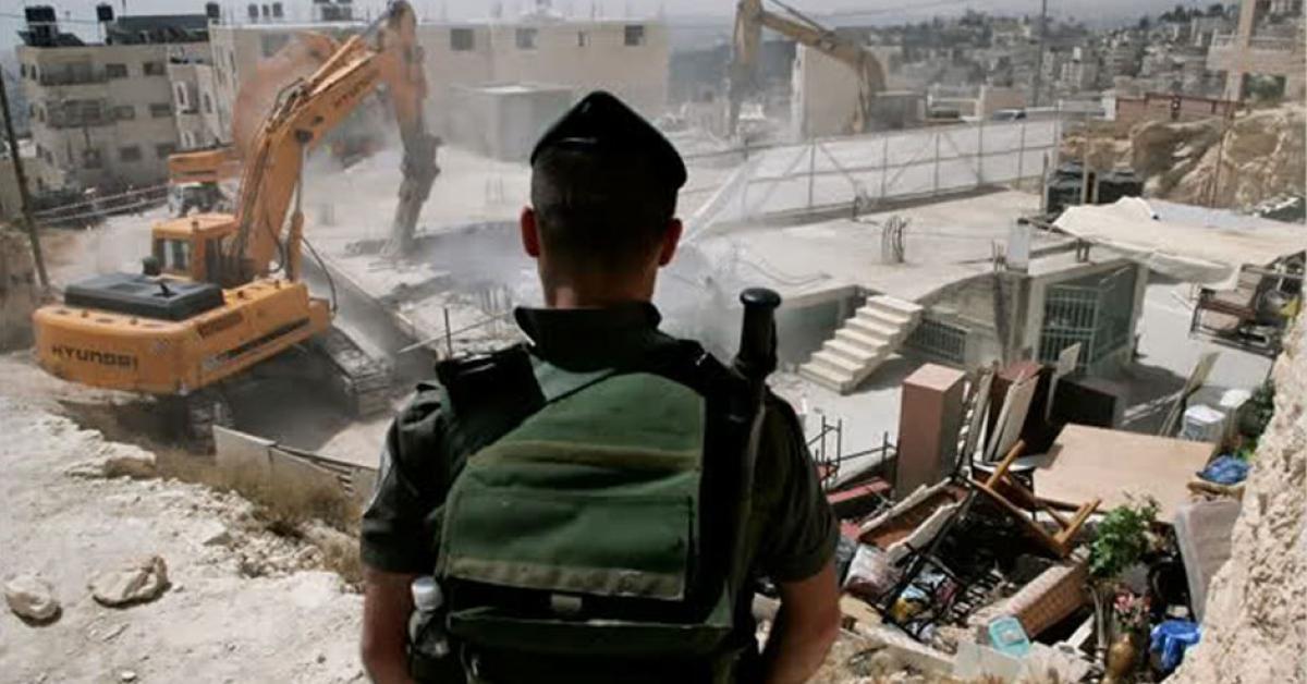 اقتحامات واعتقالات وهدم منازل في القدس والضفة