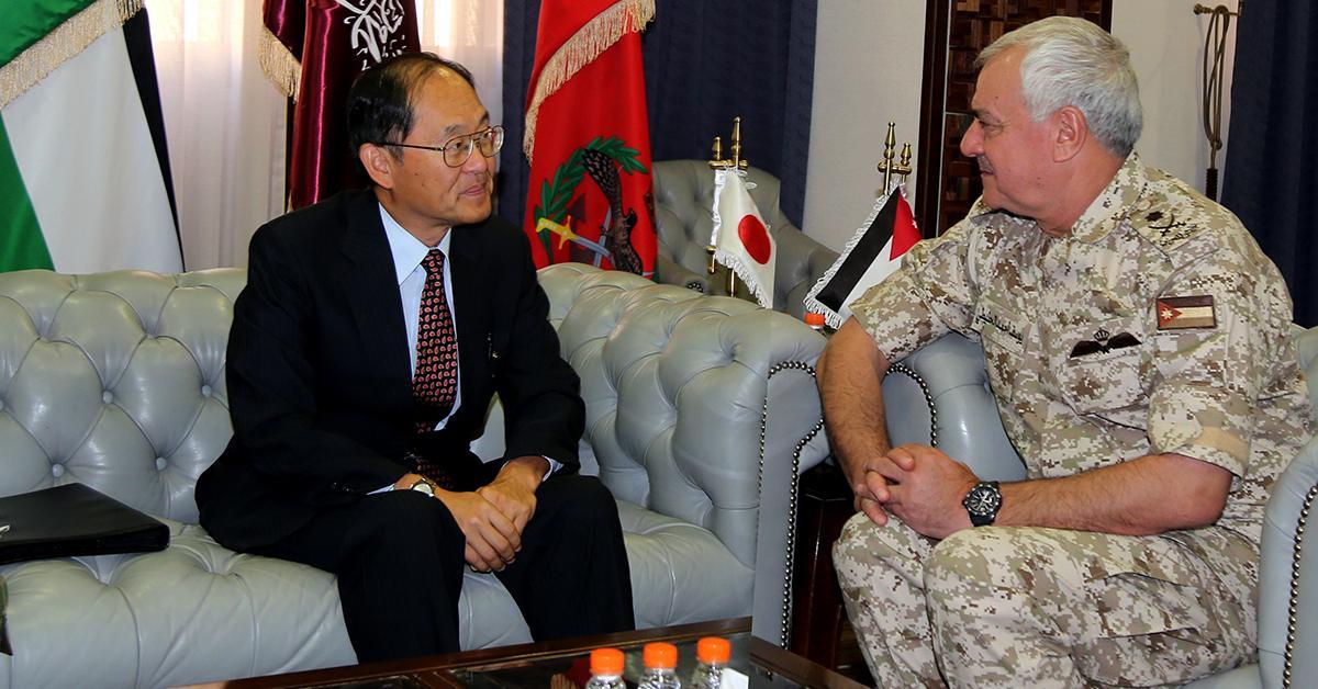 رئيس هيئة الأركان المشتركة يستقبل السفير الياباني