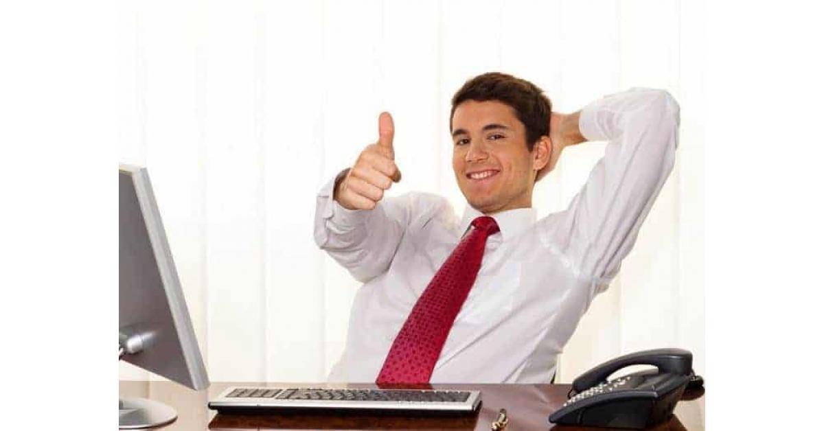 علامات تكشف إعجاب مديرك بأداءك فى العمل