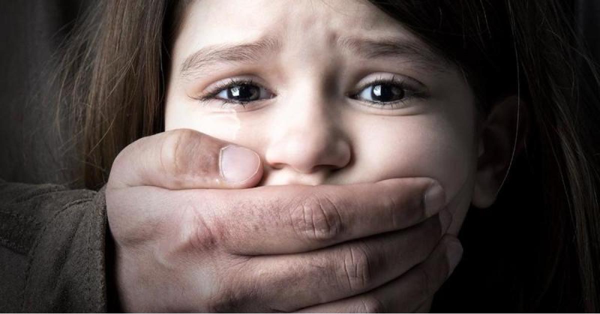 """أردنية تتهم زوجها بـ""""هتك عرض"""" ابنتهما"""