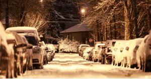 كندا: مقتل شخص وانقطاع الكهرباء عن مليون منزل
