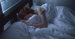 هذه الأسباب هي وراء سيلان اللعاب أثناء النوم وهذه طرق العلاج