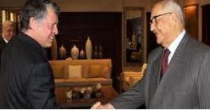 الملك يزور رئيس الوزراء الاسبق عبدالسلام المجالي في منزله