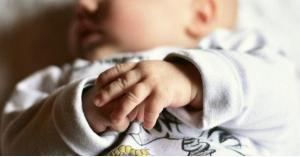 اكتشاف فائدة كبيرة للحازوقة التي تصيب الرضع