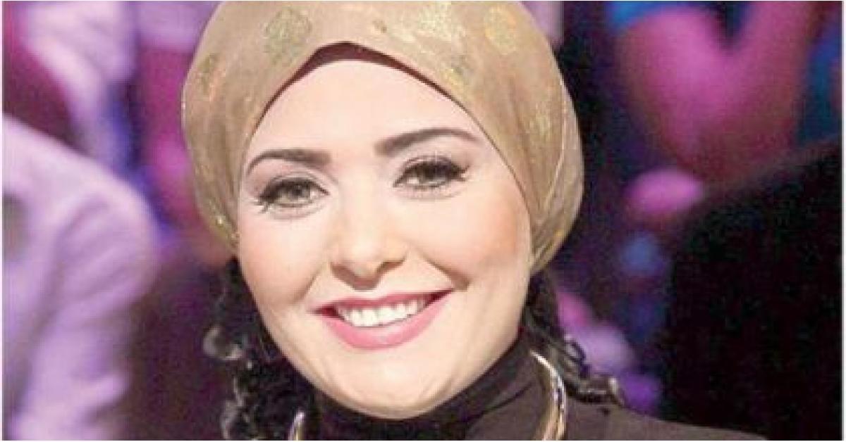 صابرين تخلع الحجاب.. وتوجه رسالة للجمهور.. صورة