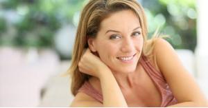 ما هي الفحوص الطبية التي يجب على المرأة في سن الأربعين أن تجريها؟