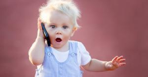 دراسة صادمة عن إدمان الأطفال على الهواتف الذكية