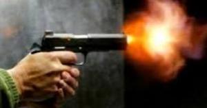 مجهولون يطلقون النار على احد المحلات التجارية في الشونه الشمالية