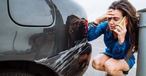 اتهام المرأة الدائم بضعف قيادتها للسيارة.. هل هو علميًا صحيح؟
