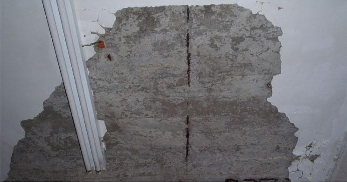 سقوط قصارة بغرف مدرسية في سما السرحان