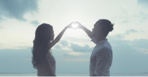 هل يمكن أن نقع في حب نفس الشخص أكثر من مرة؟