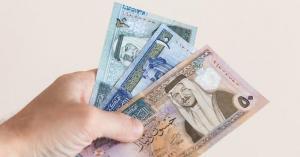 الأردنيون بانتظار 'الزيادة' على الرواتب