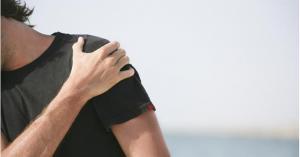 'كتفك' قد يكشف احتمال إصابتك بمرض مزمن