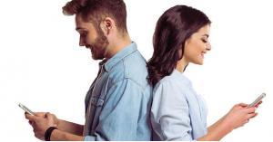 قصة حب وزواج بسبب رقم خاطئ وواتساب قديم