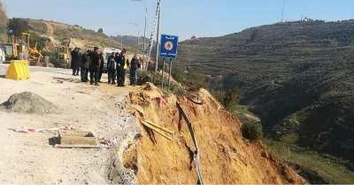 اغلاق طريق عمان - جرش بسبب انهيار