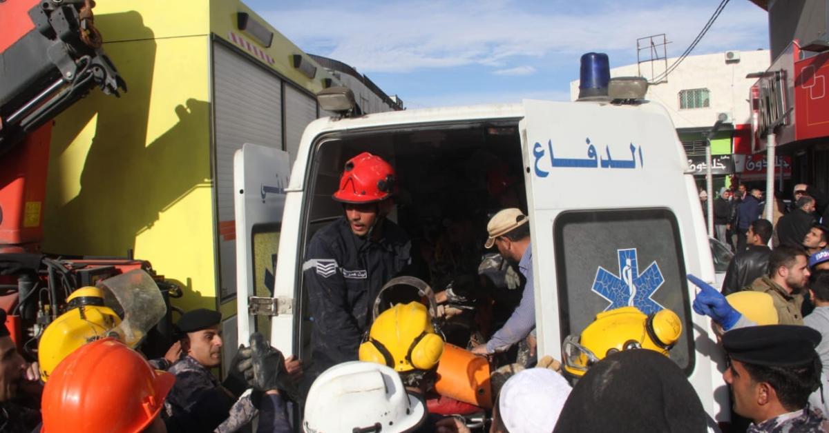 إصابة شخصين اثر حادث انهيار أتربة في العاصمة عمان