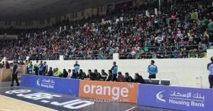 لبناني يتبرع بـ 100 تذكرة لجمهور الوحدات
