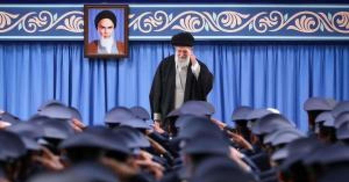 كيف حمت إيران خامنئي من كورونا ؟