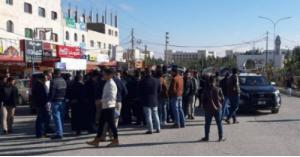 بالصور .. مشاجرة عشائرية امام جامعة مؤتة .. والأمن يطوّق المكان