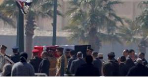 انتحار شاب حزنا على وفاة الرئيس المصري الأسبق مبارك