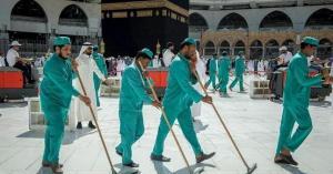 بسبب كورونا.. تعقيم المسجد الحرام 4 مرات يوميا