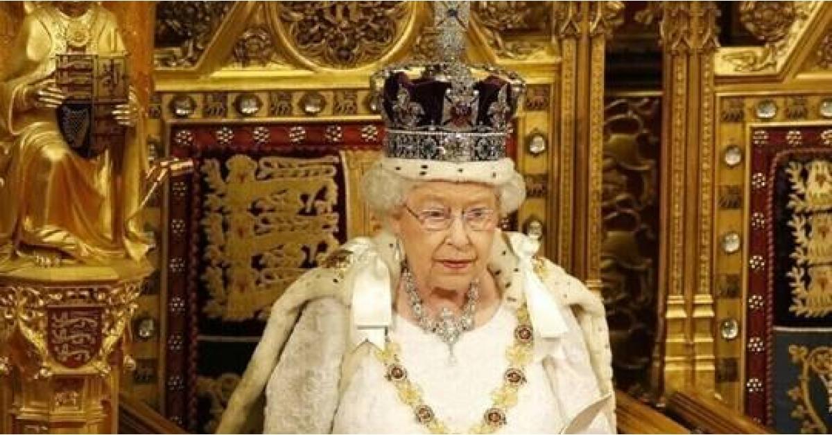 إصابة مساعد الملكة إليزابيث بكورونا
