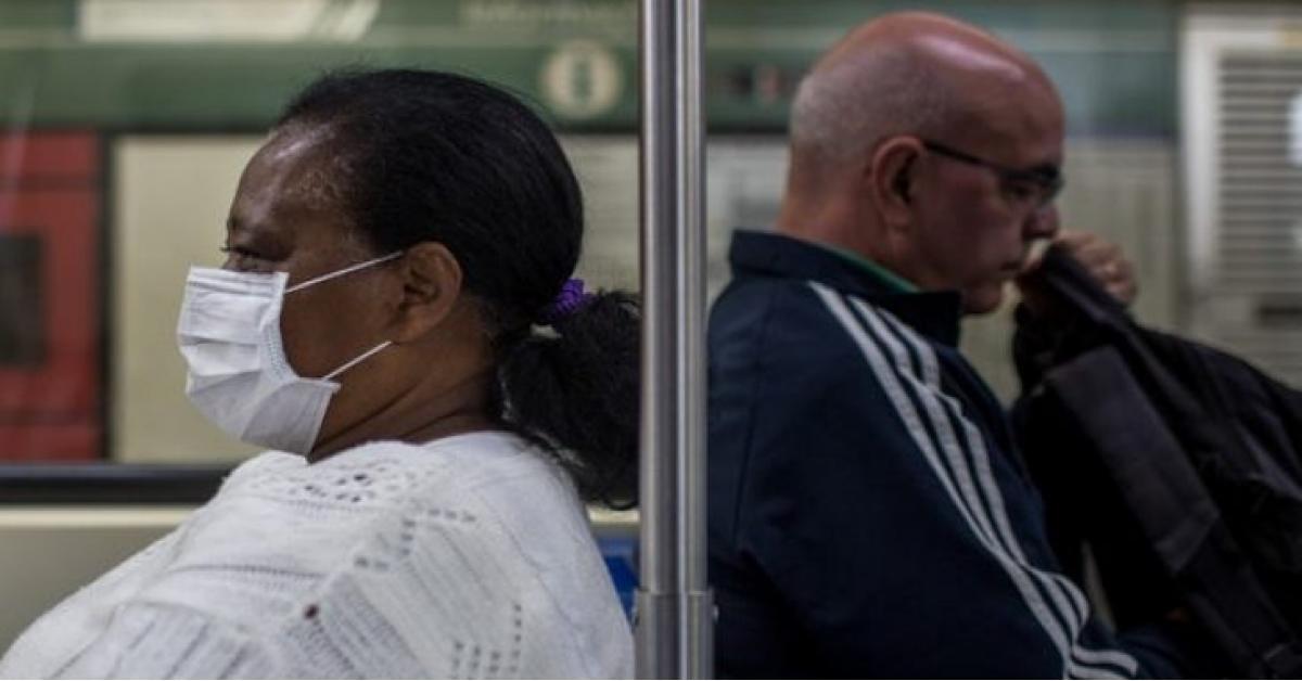 وفاة أمريكي بعد تناول دواء وصفه ترامب بأنه علاج محتمل لفيروس كورونا .
